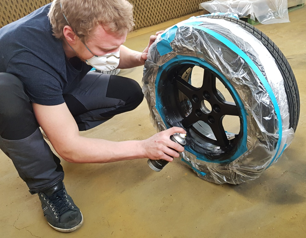 DIY Painted Rims With Plasti Dip – Boden By Night